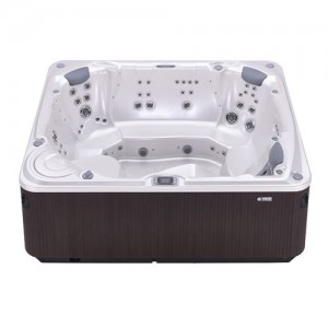 GLEAM® 8 PERSON HOT TUB