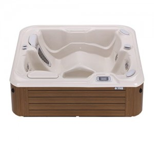 JETSETTER® 3 PERSON HOT TUB